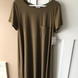 LulaRoe Carly Large Solid Olive Green